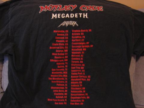 The concert maximum rock tour motley crue and megadeth